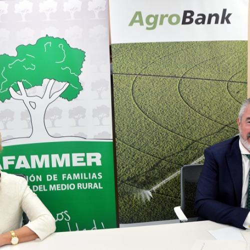 Acto firma con AFAMMER